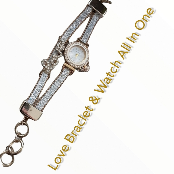 Love Watch and Braclet Conjoined